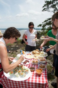 Local food group picnic at Devil's Rock