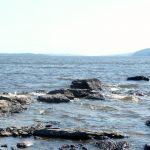 Looking South from Farr Island. The view is simply astonishing and remind people of the Saguenay Fjords. / La vue à partir du bout sud de l'île Farr. Une vue vraiment splendide qui rappelle souvent aux gens les fjords du Saguenay.