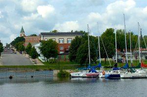 Harbour View Center est à quelques pas de la marina et plage de Haileybury